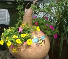 Made to Order Gourd Planter or Bird Feeder by lindafrenchgallery, $31.00 Diy Planters, Garden Planters, Garden Crafts, Garden Art, Chicken Crafts, Decorative Gourds, Gourds Birdhouse, Decorated Flower Pots, Garden Whimsy