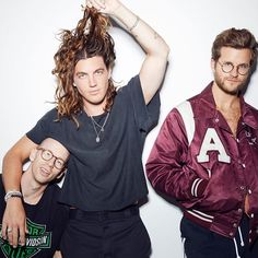 The photos that took the boys for photographed by . Lany Band Wallpaper, Ilysb Lany, Paul Jason Klein, Indie Pop Bands, Band Wallpapers, Extended Play, Les Paul, Photoshoot Ideas, Cool Bands
