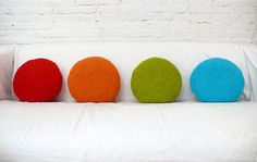 these would be super cute & easy made out of felt - simple, yet way happy!