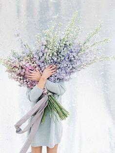 New Garden Wedding Bouquet Fresh Flowers Ideas Fresh Flowers, Wild Flowers, Beautiful Flowers, Pastel Flowers, Lavender Flowers, Lavender Bouquet, Wedding Bouquets, Wedding Flowers, Sequin Backdrop