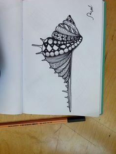 Zentangle, seashell Zentangle Drawings, Mandala Drawing, Doodles Zentangles, Doodle Drawings, Mandala Art, Doodle Art, Tangle Doodle, Tangle Art, Doodle Patterns