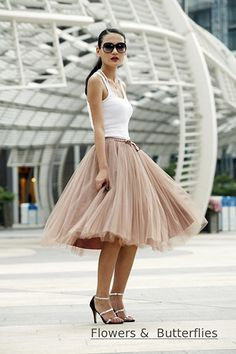 "WORLDWIDE FREE SHIPPING  The most puffy tutu skirt, the best price for the best quality!   I send the skirt with free satin belt!   26 Colors 7 Layers 25"" 65 cm Long Vintage American Apparel Elastic B"