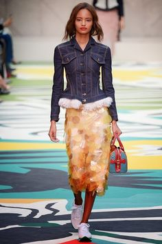Serendipitylands: FASHION WEEK NEW YORK SPRING 2015 - BURBERRY PRORS...