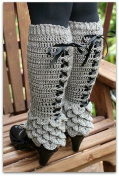 Crochet PATTERN Crocodile Stitch Legwarmers door bonitapatterns