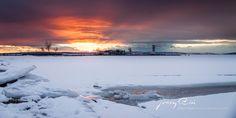 Auch der Winter ist bei uns wunderschön. (c)Jerzy Biń - jerzybin.eu In unserem Online Fine Art shop kannst du dir diese zeitgenössische Fotokunst zu dir nachhause bringen lassen. Ob Leinwand oder FineArt Print in diversen Grössen einfach und bequem zu bestellen.   #podersdorf #podersdorfamsee #burgenland #neusiedlersee #see #pannonien #österreich #austria #photography #fotografie #landschaftsfotografie #landscapephotography #sunset #sonnenuntergang #sky #himmel #wind #winter #snow #schnee