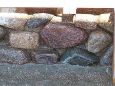 Slipform stone sand washed away revealing stone wall.-Slipform stone sand washed away revealing stone wall. Slipform stone sand washed away revealing stone wall. Stone Masonry, Masonry Wall, Concrete Stone, Building Stone, Building A House, Masonry Construction, Build My Own House, Rammed Earth Homes, Dry Stone