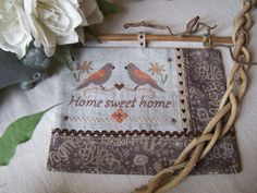 """""""Home sweet Home"""" Cross Stitch Bird, Burlap, Blog, Sweet Home, Reusable Tote Bags, Monogram, Points, Pattern, Patchwork Fabric"""