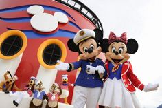 Disney Cruise Line > Meet and party with all of Mickey and friends aboard a Disney cruise ship! Disney Magic, Walt Disney, Disney Gift, Disney Nerd, Disney Stuff, Cruise Tips, Cruise Vacation, Disney Vacations, Disney Trips