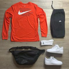 "Mark Ochoa on Instagram: ""Inline grid #NikeEssentials . @outfitgrid @dennistodisco . #wdywt #hypebeastfits #streetwear #outfitoftheday #streetstyle #simplefits…"""