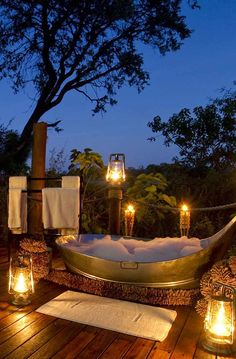 Romantic outdoors, The Suites, Sanctuary Baines' Camp, Botswana