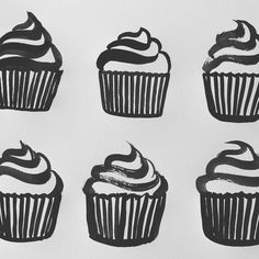 Day 88 of #100daysofcookbookspots  Quick one of cupcakes! So many of my family and friends have birthdays this month. Getting ready for the month-long party.  . . . . . . .  #the100dayproject #illustration #foodillustration #theydrawandcook #cupcakes #birthdaycake #vegetarian #cookingtechnique #cooking101 #foodtips #kitchenessentials #cookbook #foodie #foodstagram #forkyeah #calledtobecreative #doitfortheprocess #process #sketch #sarahferone #twitter