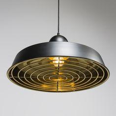 Lámpara colgante STRIJP Deluxe negra y dorada #iluminacion #decoracion #interiorismo