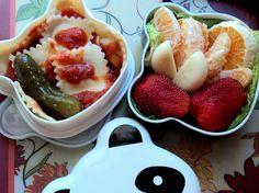 Panda Bento ravioli, fruit