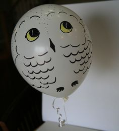Make adorable Hedwig balloons, using simple white balloons, markers, and a little bit of imagination.