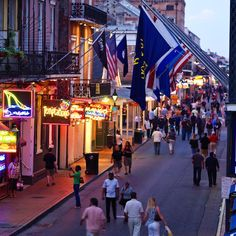 Five Best Dive Bars in New Orleans