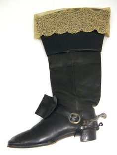 KEYWORDS / TITLE  boot with lace  BRIEF DESCRIPTION  Boot to the knight's costume, Karl XIII's words.  NAME  Owner :Edward Martin of Edholm  Owner :Carl Adolf Manderstrom  Donors :Louise JC Manor born by Edholm  DATING  1808-1913  OTHER KEYWORDS  boot  COLLECTION OF THE  Royal Armoury  INVENTORY  27,350 (31:8: b)