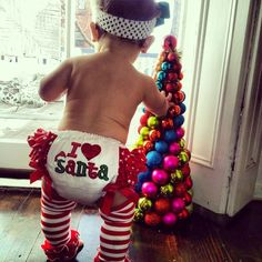 Find images and videos about cute, baby and christmas on We Heart It - the app to get lost in what you love. Little Babies, Little Ones, Cute Babies, Baby Kids, Baby Baby, Holiday Pictures, Christmas Photos, Christmas Baby, Christmas Time