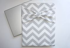 MacBook Pro / Air Zipper Case with Bow by AlmquistDesignStudio on Etsy
