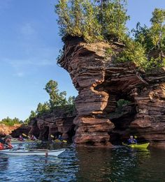 Cubicle Escape: Kayaking around Wisconsin's sea caves.
