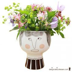 designdelicatessen - Meyer-Lavigne - Henrietta - Flower me happy - Meyer-Lavigne