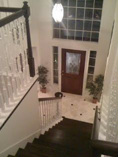 Engineering Life and Style: The Staircase Makeover Part Grand Finale! New Staircase, Staircase Makeover, Staircase Design, Staircase Ideas, Staircases, Hardwood Stairs, Grand Entrance, Home Wedding, Home Projects