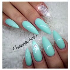 Mint green @MargaritasNailz
