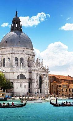 awesome pics: Basilica di Santa Maria della Salute - Venice #Italy