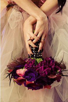 Ramo de novia colores púrpura