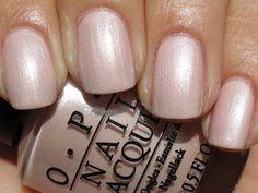 80 ideas to create the best Halloween nail decoration - My Nails Opi Nail Polish Colors, Nail Polish Dupes, Fall Nail Colors, Opi Nails, Nude Nails, Glitter Nails, Manicures, Nail Polishes, Formal Nails