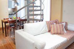 Échale un vistazo a este increíble alojamiento de Airbnb: BEAUTY  MASTER DUPLEX  4 -SAN TELMO - Departamentos en alquiler