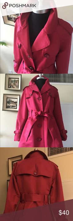 Red 2 Go in this Super Chic Trench from Jones NY Holidays here you come in this Tres Chic trench coat in Santa Red. Fully lined, 20 inches long from the natural waist make this a perfect car coat length. Button down front with pockets. Size M Jones New York Jackets & Coats Trench Coats