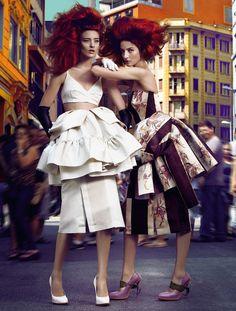 Каролина Талер, Наталия Оливейра и Крис Херманн для Vogue Brazil, апрель 2013