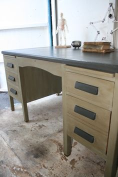 reloved rubbish july cute look for our old school desk with annie sloan chalk paint