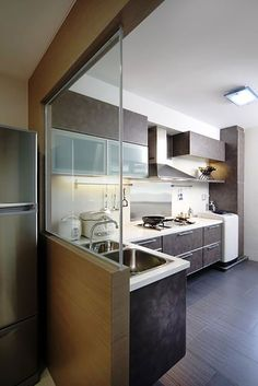 They say that the kitchen is the heart of the home – and we fully agree. L Shaped Kitchen Cabinets, U Shaped Kitchen, Kitchen Cabinets Decor, Home Decor Kitchen, Kitchen Ideas, Interior Design Institute, Interior Design Singapore, Condo Interior, Interior Design Kitchen