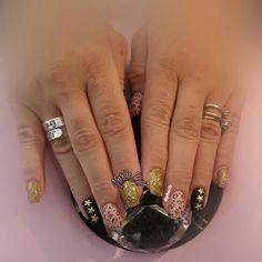 #nuriacollgel #uñasdegel #uñas #nails #invierno2017 #uñasdecoradas #uñasdeprimavera2017 #nails💅🏻 #nailswag #nailogy #nailsart #primavera #uñasdeprimavera #pronails_hq #pronails #primavera🌸