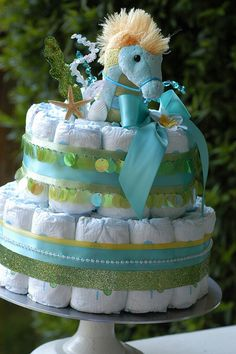 Seahorse Diaper Cake - love love love this...just use coral instead of the green