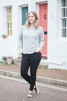 Grey cashmere jumper, leopard shoes. UK Size 12 Blogger