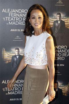 Mi muy estimada Isabel Preysler, en el concierto de mi paisano tapatio, Alejandro Fernández, en el mismísimo Teatro Real de Madrid