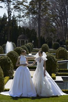 Bridal Elegance: Vera Wang | ZsaZsa Bellagio - Like No Other