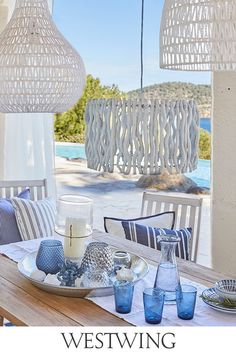 """This is how the """"Sunny Santorini"""" look works: just like in paradise! - Shop the Look Home Living, Coastal Living, Coastal Decor, Living Room Decor, Bedroom Decor, Seaside Decor, Outdoor Balcony Furniture, Santorini House, Mesa Exterior"""