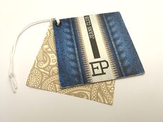 Cartellini in cartoncino con stampa offset - Etichettificio Pugliese