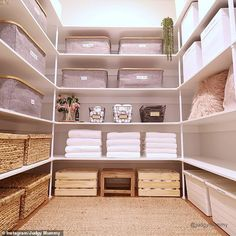 Super organised mum, behind incredible home shares her simple tips Super organised mum, behind incredible home and walk-in wardrobe shares her simple property tips Home, Home Organization, Linen Closet Design, Home Organization Hacks, Bars For Home, Wardrobe Organisation, House Organisation, Organised Mum, Cupboards Organization