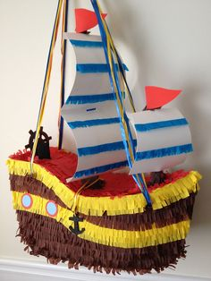 piñatas de barco