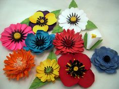 Free svg cut file,3-D paper flower assortment-SVG, pansy,poppy,chrysanthemum,daisy,gerbera, cala lily, use with sihouette studio,cricut design space and others.