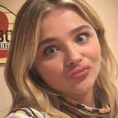 Beautiful Celebrities, Beautiful Actresses, Beautiful People, Beautiful Women, Chloe Grace Moretz, Chloe Morets, Mary Elizabeth Winstead, Actress Photos, Celebrity Pictures
