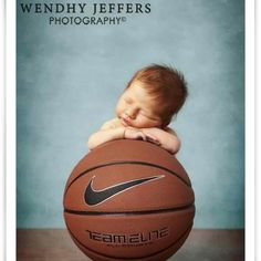 Baby basketball pic... Seriously gonna do that when I have a son or just gonna borrow someone's kid ;)