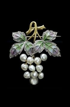 An Art Nouveau plique-à-jour enamel gold and pearl pendant\/brooch probably Austrian Composed of natural pearls rose diamonds platinum and gold. Enamel Jewelry, Pearl Jewelry, Jewelry Art, Antique Jewelry, Vintage Jewelry, Fine Jewelry, Jewelry Design, Jewellery, Gold Jewelry