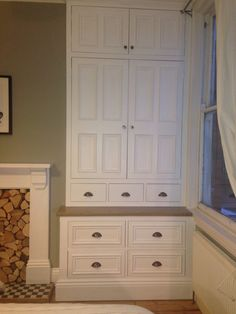 A beautiful bedroom wardrobe with lots of shelves and drawers giving you a ton of storage