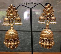 Rajwadi dulls from tribal collection. Each piece is an master piece in this collection, to have your one contact 9998800520 or dm us. #rajjewellery #tribaljewelry #antikjewellery #jadtarjewellery #jaipuriearrings #jaipurijewellery #rajasthanijewellery #antik #wedmegood #bigfatindianwedding #traditionaljewellery #indianjewellery #indianwedding #celebjewelry #bollywoodjewelleryforsale #bollywoodjewellery #instalike #longsets #fashionjewellery #silverjewellery #fashionweek #fashionblogger