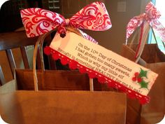 12 Days of Christmas Ideas | Marci Coombs: Day 10 of the 12 Days of Christmas. | christmas ideas I love these gift bags